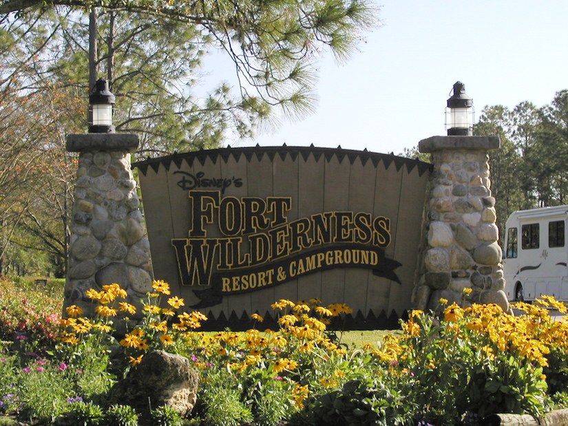 Disney s fort wilderness resort june bug journeys for Disney cabins fort wilderness