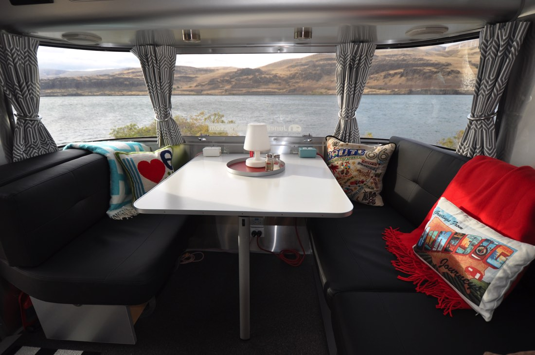 Rufus Landing offers 180 degree views of the Columbia River